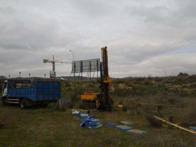 Detalle. Ejecución de sondeo durante campaña de reconocimiento geotécnico